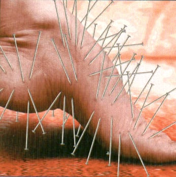 foot nerve damage symptoms